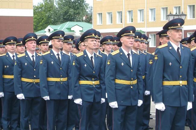 Курсанты Костромской химакадемии